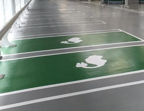 Pintado epoxi base agua para sistema parking en Pivema
